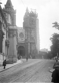 10 – Reconstruction work of the Cathedral, in 1913